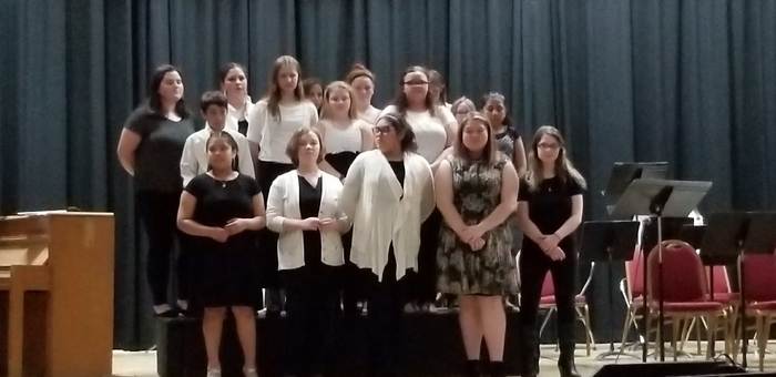 MS HS chorus together